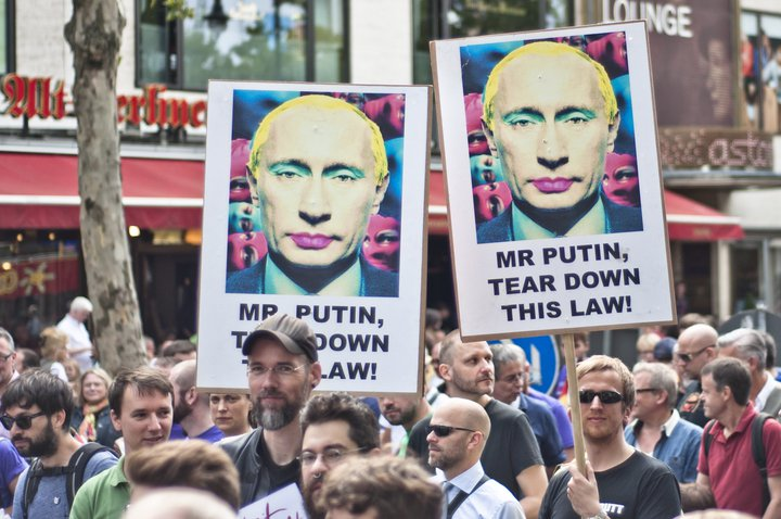 Demonstration gegen Homophobie in Russland - Enough is Enough