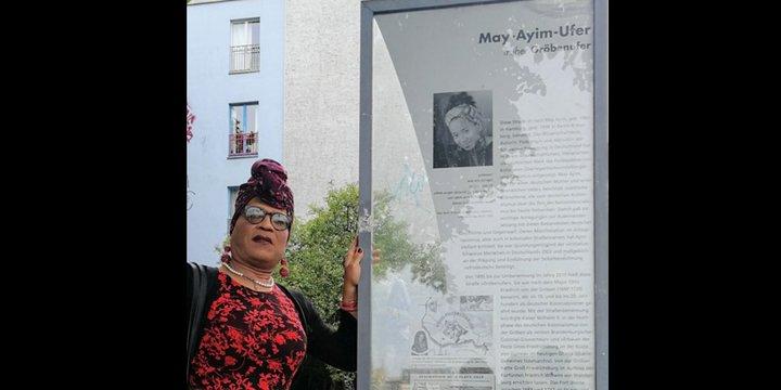 Michaela Dudley am May-Ayim-Ufer