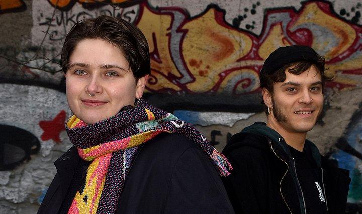 Team von qu:ib - queer im Beruf